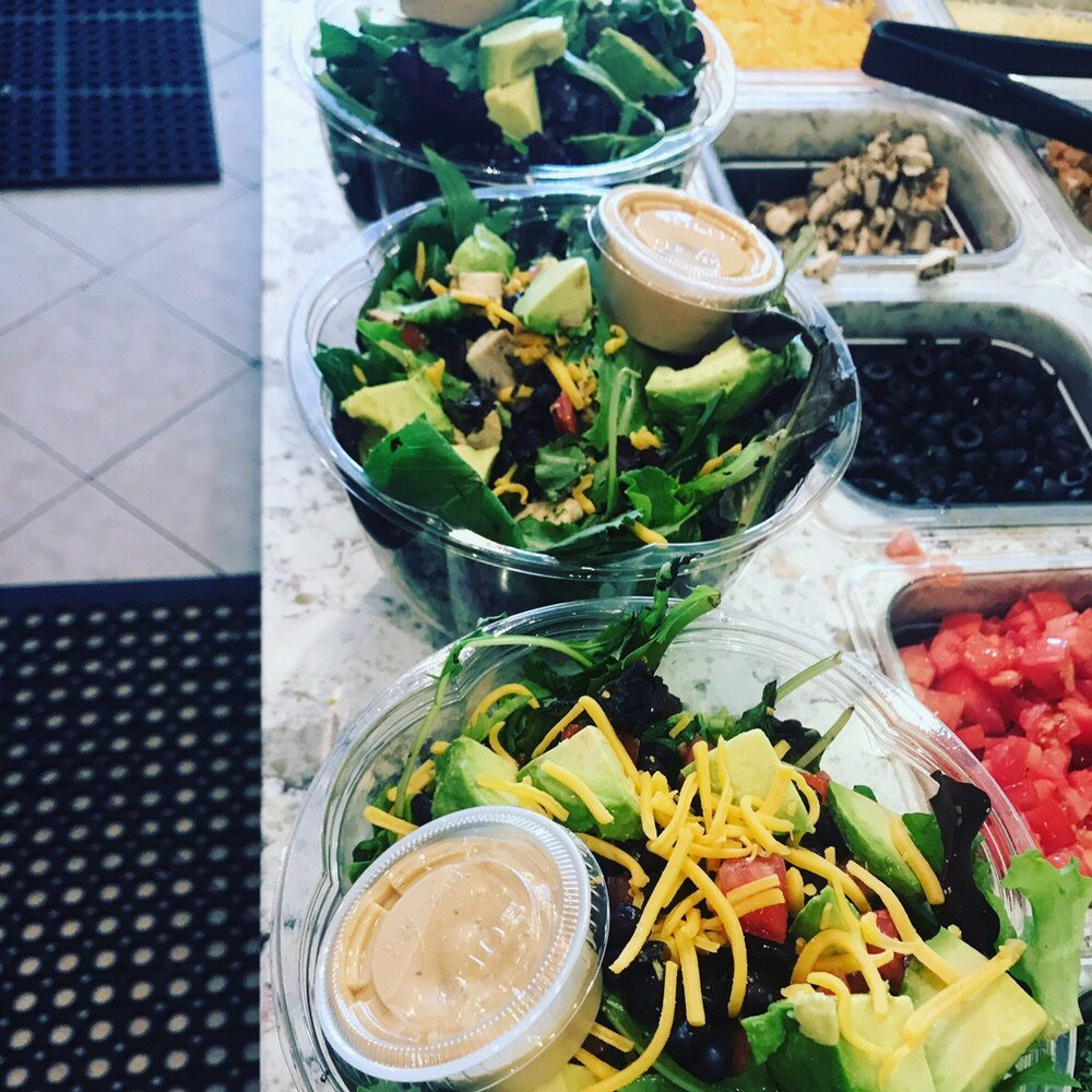 Blend Smoothie and Salad Bar- New Windsor: 357 Old Forge Hill Rd, New Windsor, NY