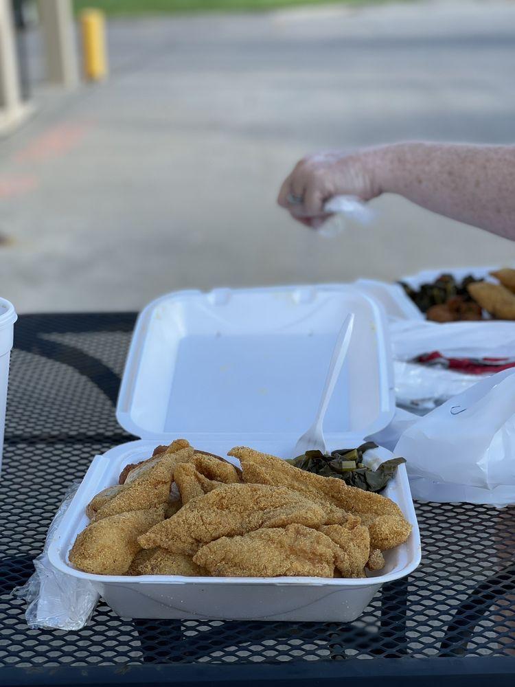 Lutfi's Fried Fish: 2527 North 72nd St, Omaha, NE