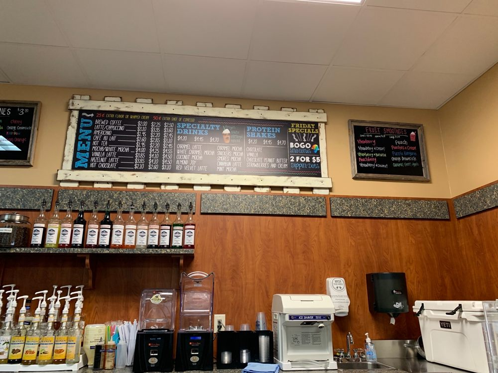 Ground Up Coffee and Smoothies: 15582 Hwy 280, Chelsea, AL
