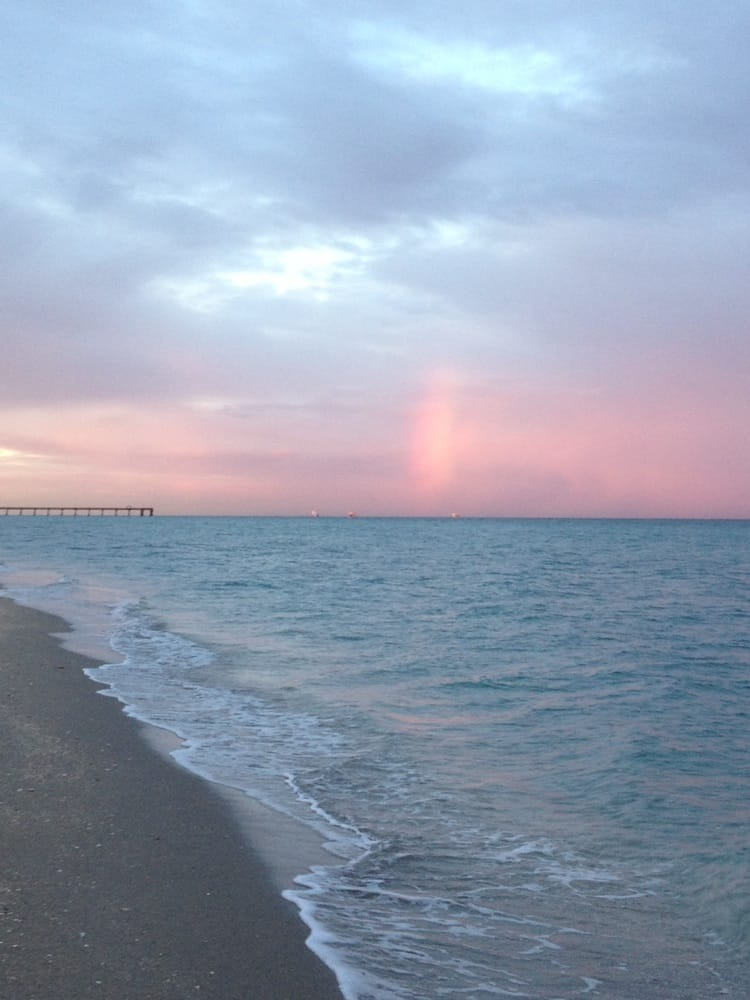 Rainbow in the distance with dania fishing pier in for Hollywood florida fishing
