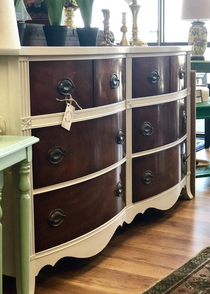 Cottage Grove Vintage: 1607 Laurens Rd, Greenville, SC