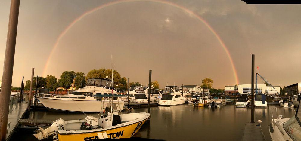 Dredge Harbor Boat Center