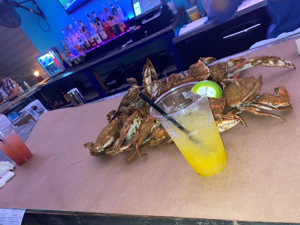 Skipjack's Crab Deck: 818 Bowleys Quarters Rd, Middle River, MD