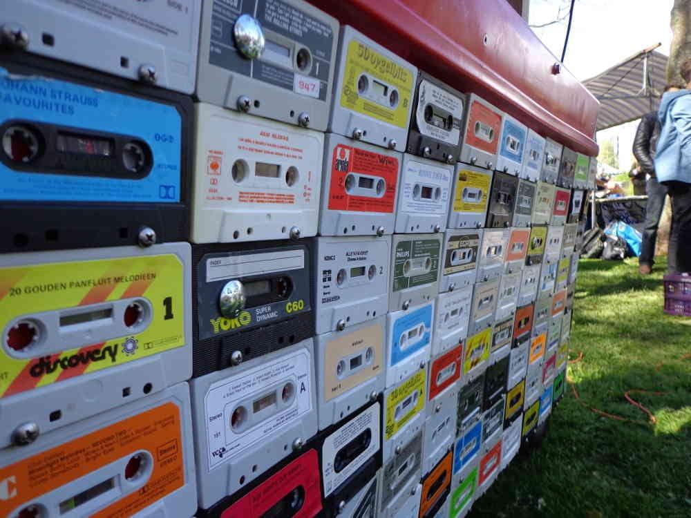 Vintage Meubels Utrecht : Cassette bandjes tapes oldskool vintage dj booth meubel yelp