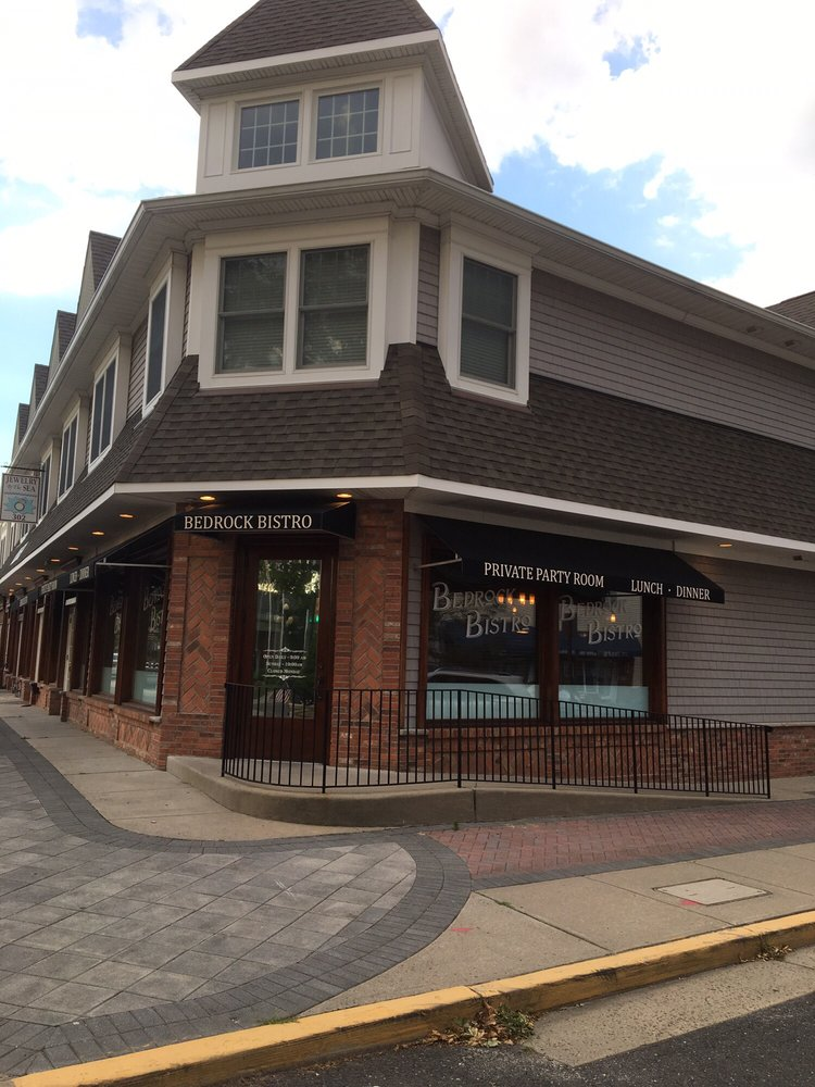 Bedrock Bistro by Clementine's: 300 Main St, Avon-by-the-Sea, NJ