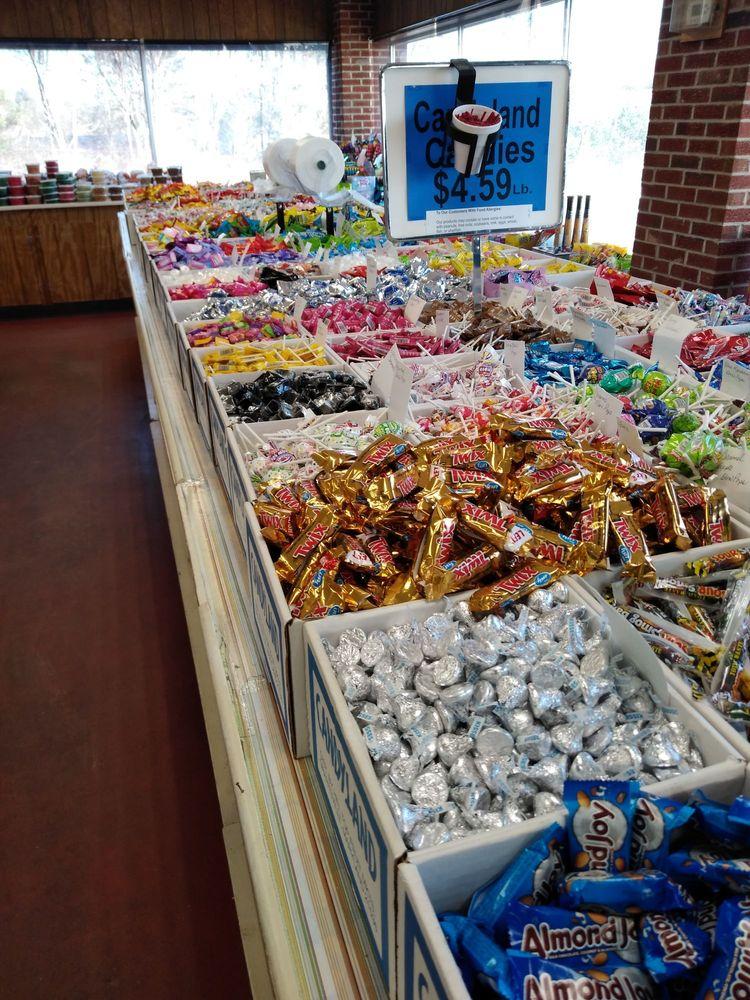 Farmers Market - Candyland: 12679 Garrett Hwy, Oakland, MD