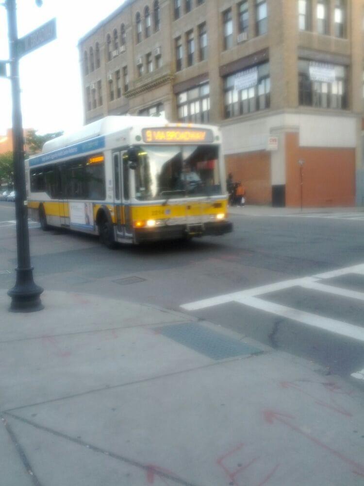 Mbta Bus Route 9 Public Transportation South Boston