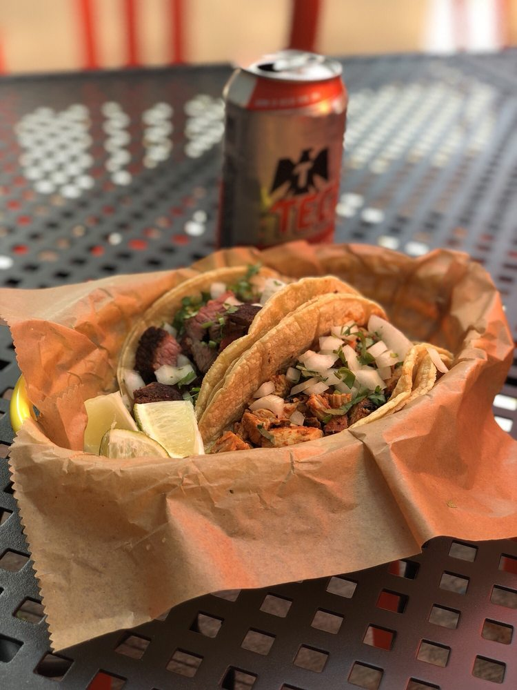 Food from Rreal Tacos