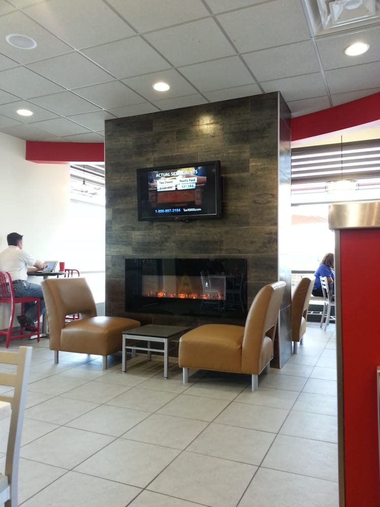Wendy s takeaway fast food 6716 bridge st eastside for Does wendy s have a fish sandwich