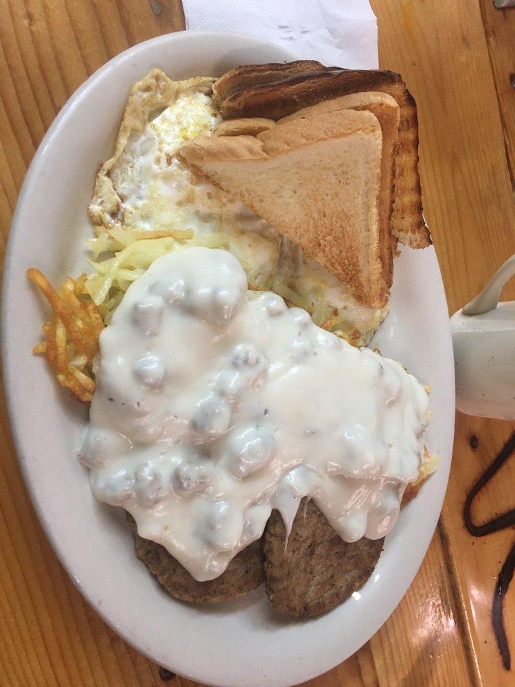 True Lies Ranch Hand Cafe & Steakhouse: 607 Oil Hill Rd, El Dorado, KS