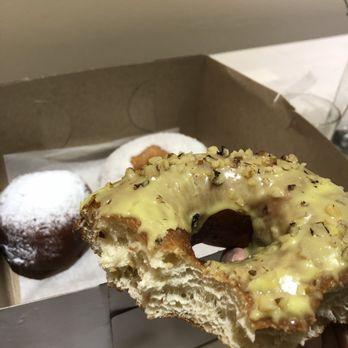 Brooklyn donut chat