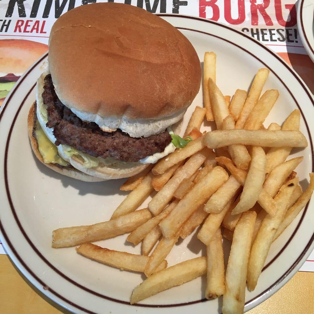 Food from Frisch's Big Boy