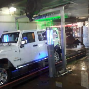 Mister car wash 37 photos 120 reviews car wash 5721 burnet photo of mister car wash austin tx united states solutioingenieria Images