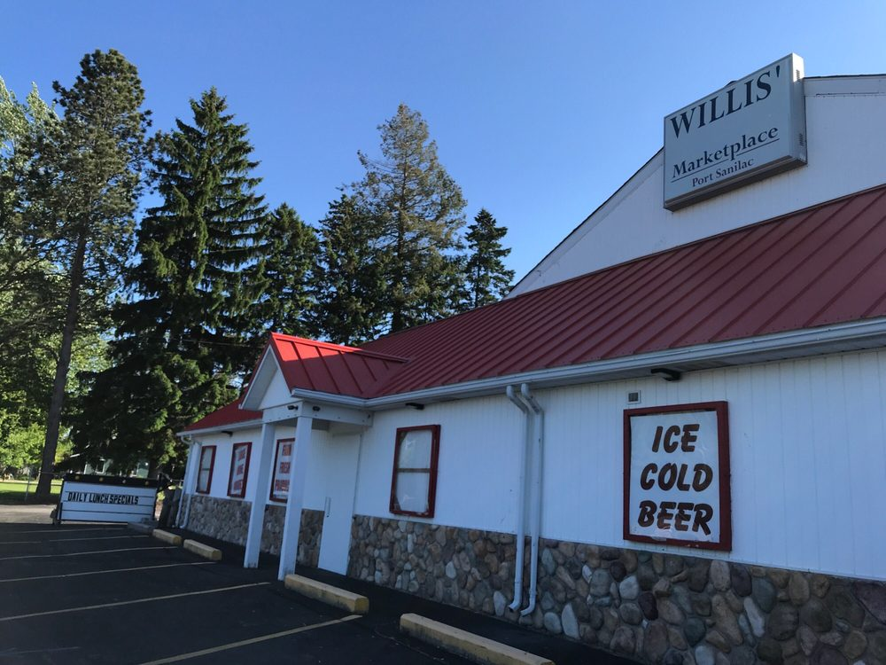 Willis' Marketplace: 173 N Ridge St, Port Sanilac, MI