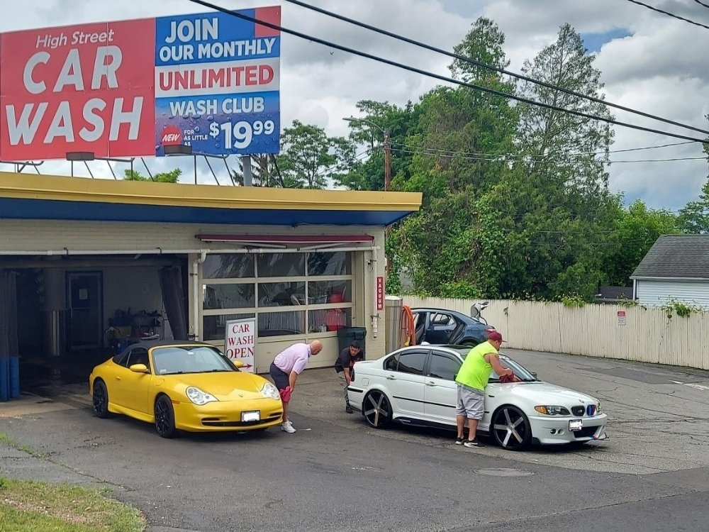 Holyoke High St Car Wash: 185 South St, Holyoke, MA