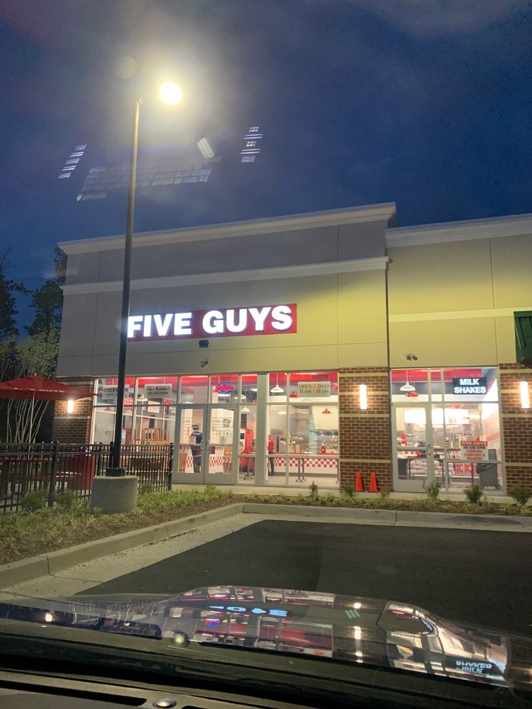 Five Guys: 7 Shining Willow Way, La Plata, MD