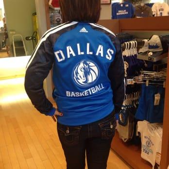 watch cfad9 50935 Dallas Mavericks Ultimate Fan Shop - CLOSED - 2019 All You ...
