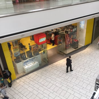 Lego Store - 80 Photos & 41 Reviews - Toy Stores - 1 Stoneridge Mall ...