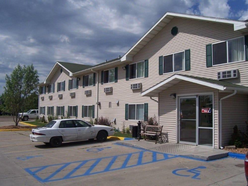Select Inn: 4001 Gateway Dr, Grand Forks, ND
