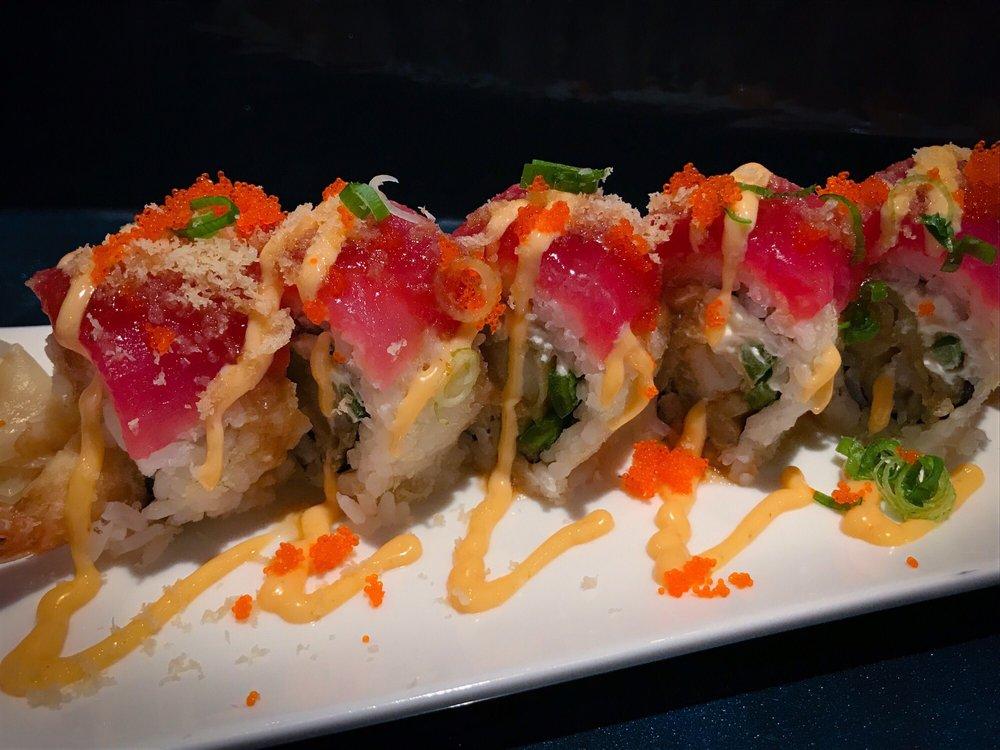 Ahi Sushi & Sake Bar: 941 SE 7th St, Grants Pass, OR