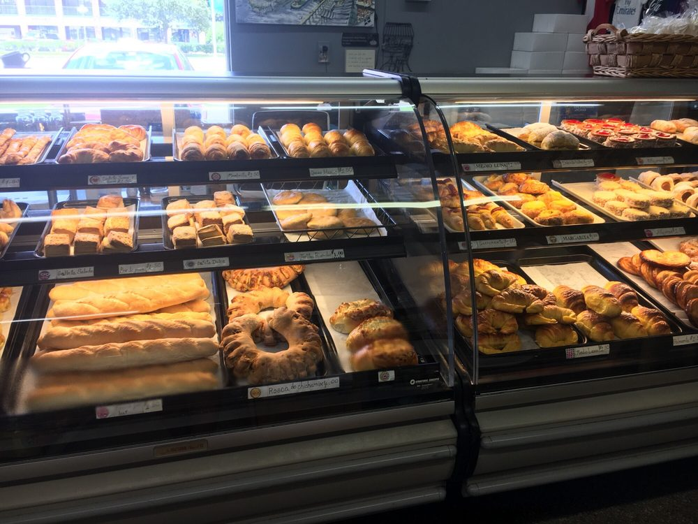 The Man Cave Bakery: 6817 N Dale Mabry Hwy, Tampa, FL