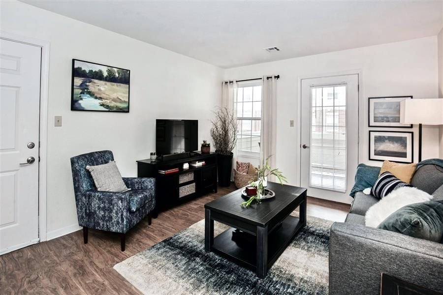 Village Woods Apartments: 300 20th Ave W, Milan, IL