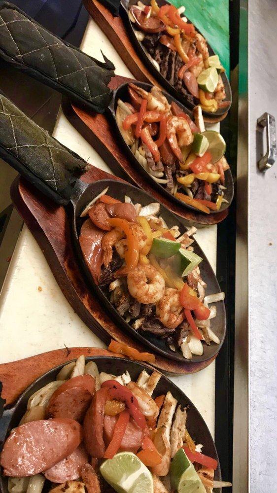 Restaurante los Gallos: 1101 E McKinney St, Denton, TX