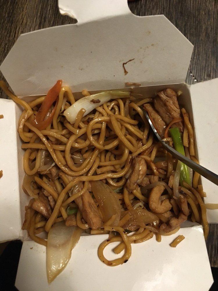 Chef Sau Restaurant: 148 Main St, Spencer, MA