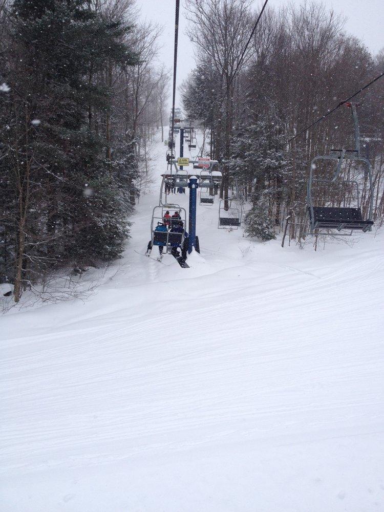 Royal Mountain Ski Area: 3072 State Hwy 10, Caroga Lake, NY