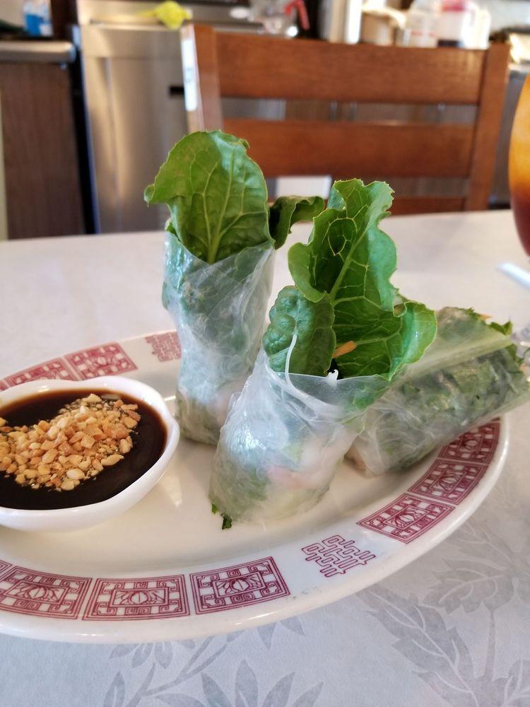 Sarocha Thai Restaurant: 30 S Patton Rd, Great Bend, KS