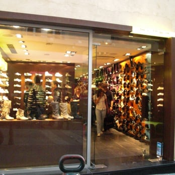 design de qualité 5ec55 29e13 Hylton - Magasins de chaussures - 41 rue Espariat, Aix En ...