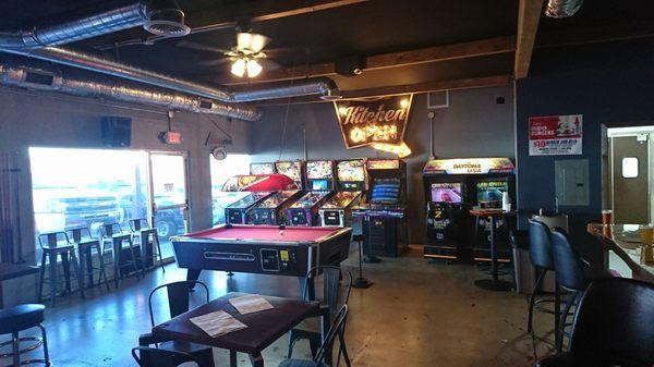 Brewski 39 s bar arcade 8670 miramar rd san diego ca restaurants mapquest - Buffalo grill ticket restaurant ...