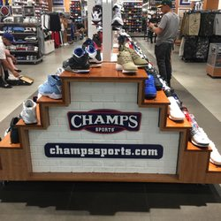 c58a138afca275 Champs Sports - 29 Reviews - Sporting Goods - 9301 Tampa Ave ...