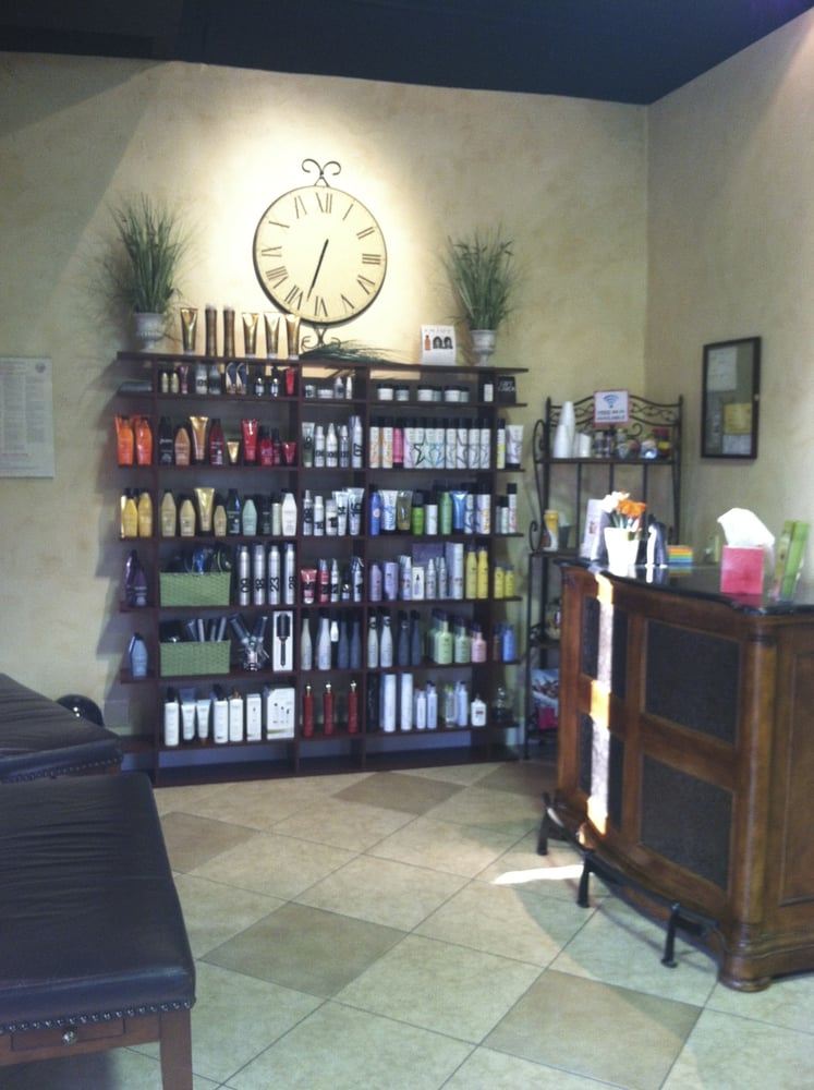 Studio C & Spa: 672 N Moorpark Rd, Thousand Oaks, CA