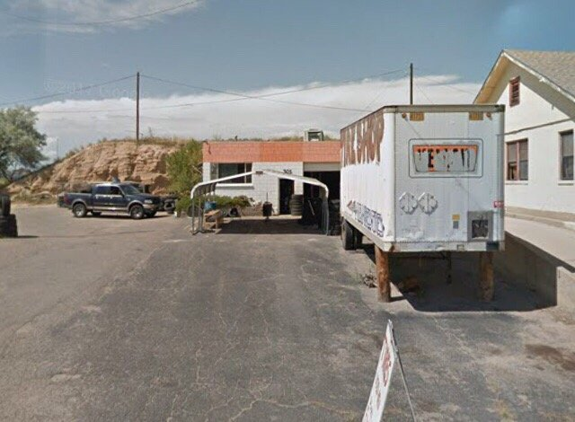 El Chapo Tires: 301 E 4th St, Pueblo, CO