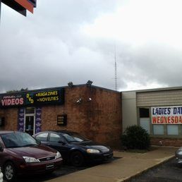 adultmart adult cleveland avenue nw canton oh