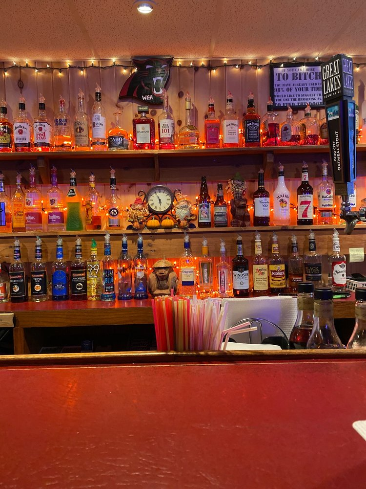 Town Tavern: 108 Station St, Andover, OH