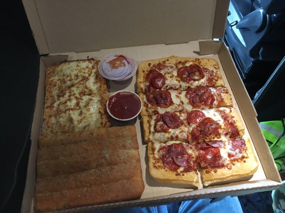 Pizza Hut: 620 Sunburst Hwy, Cambridge, MD