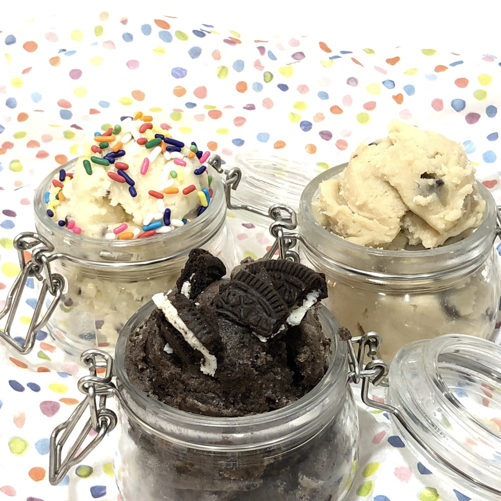 Edible Cookie Dough From Lab Signature Chocolate Chip Birthday Cake Cookies N Cream