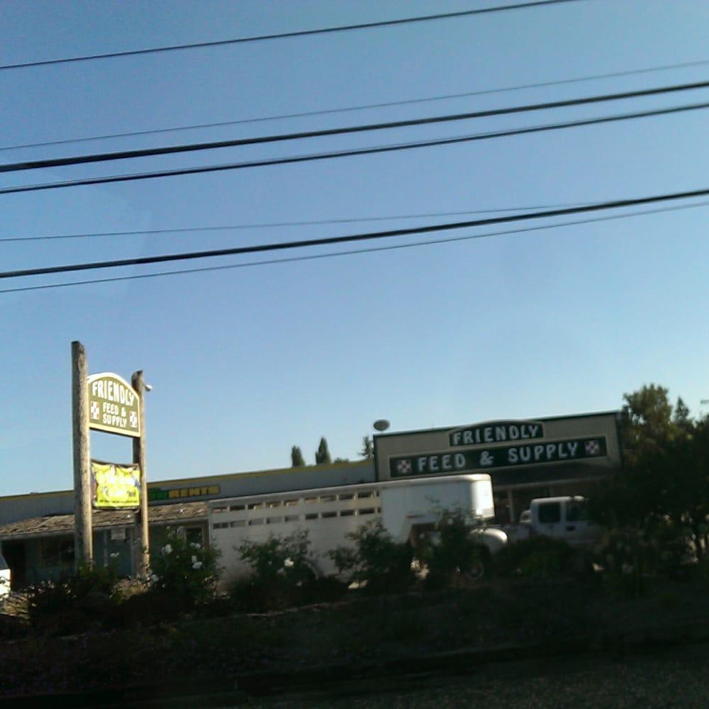 Friendly Feed & Supply: 1000 River Rd, Fulton, CA