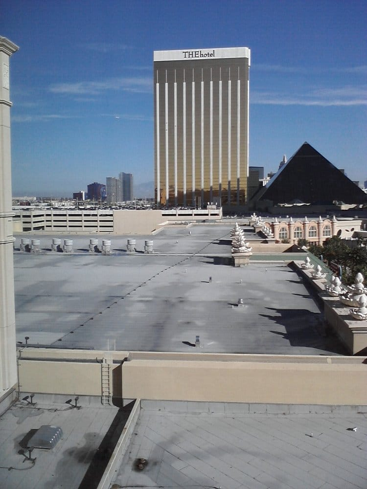 Mandalay Bay 2 Bedroom Suite: View From Mandalay Bay Convention Center