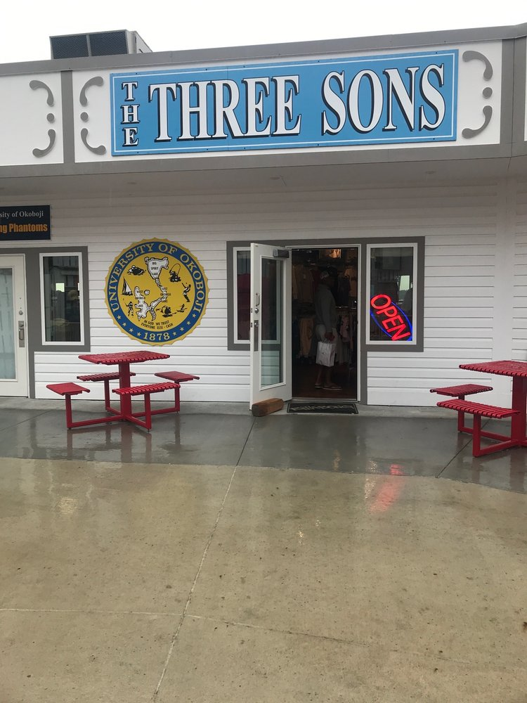 The Three Sons: 37 Lake St, Arnolds Park, IA