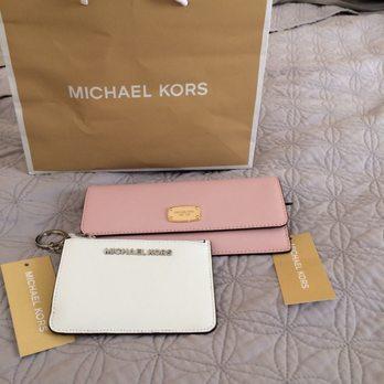 364e9e7bd9 Michael Kors - 22 Reviews - Outlet Stores - 1650 Premium Outlet Blvd ...