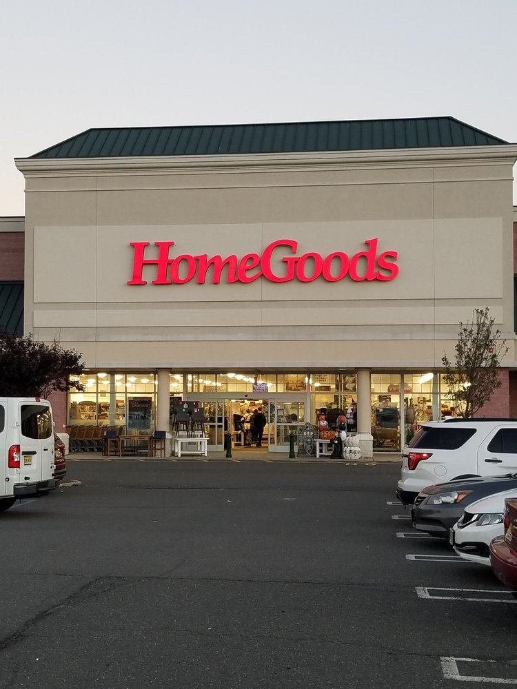 HomeGoods: 110 Lefante Way, Bayonne, NJ