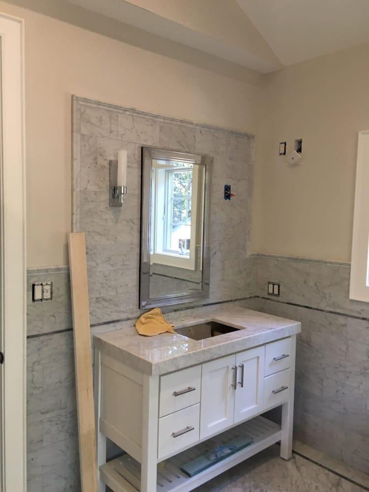 Fante Flooring & Window Treatments: 39 S Newtown St Rd, Newtown Square, PA