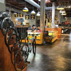 Mellow Johnny s Bike Shop - 44 Photos   177 Reviews - Bikes - 400 ... fb598550a