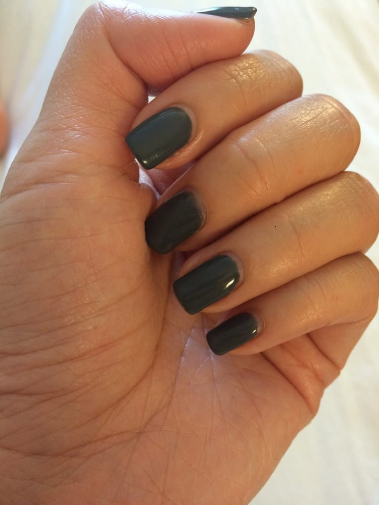Gray gel nail polish after 1 week. Still looks new. - Yelp