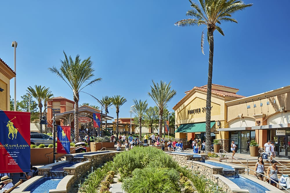 Photos For Desert Hills Premium Outlets Yelp