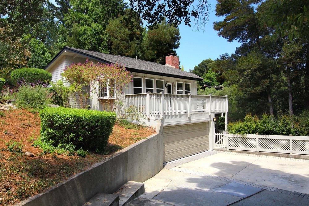 Christine Pini  - Great Santa Cruz Homes: Capitola, CA