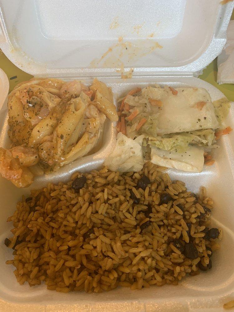 One Love Island &Soul Food: 124 S Macon St, Jesup, GA